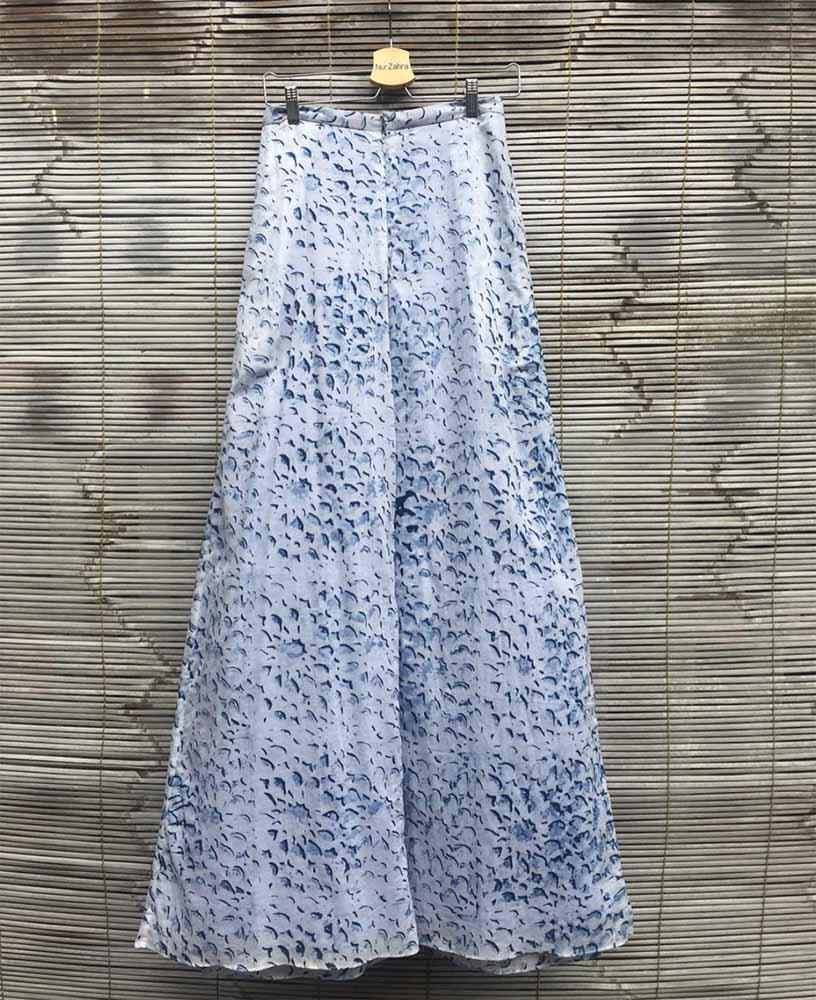 Nur Zahra skirt with an Islamic geometric pattern